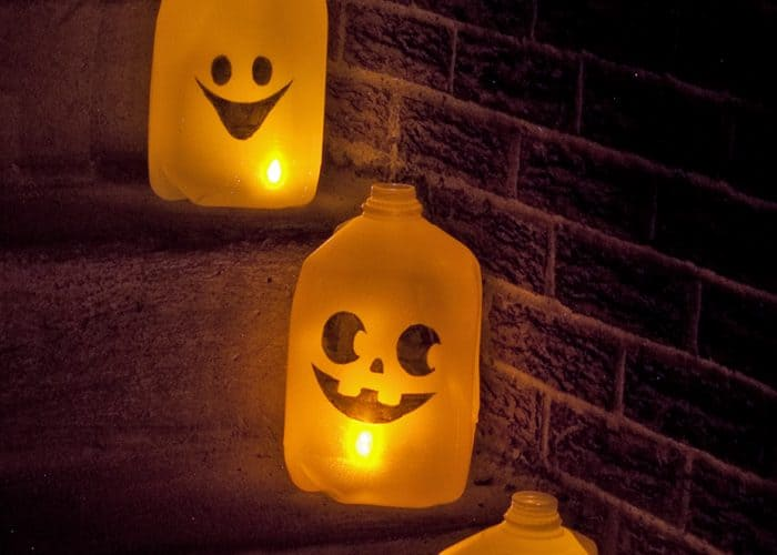 Quick, Inexpensive DIY Halloween Ghost Luminaries