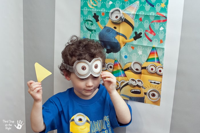 Minion Party Hat Game