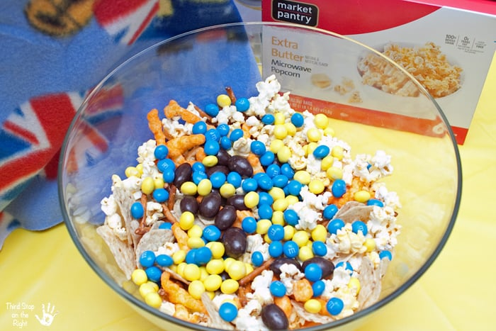 Minion_Snack_Mix_Ingredients2