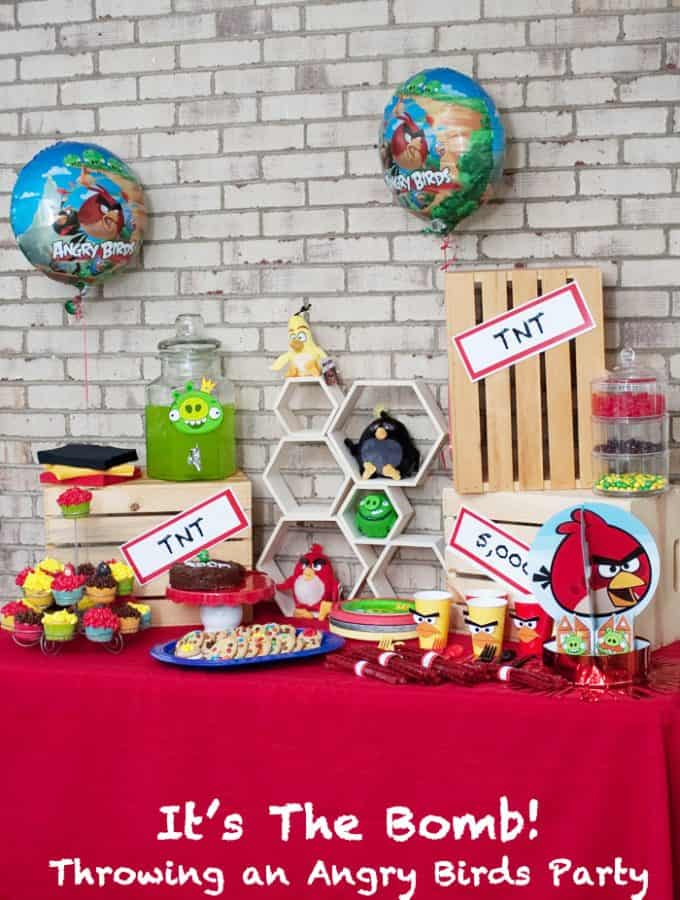 AngryBirdsParty_Title