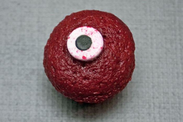 eyeballcandyoncupcake