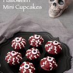 """Eyes On You"" Creepy Halloween Mini Cupcakes"