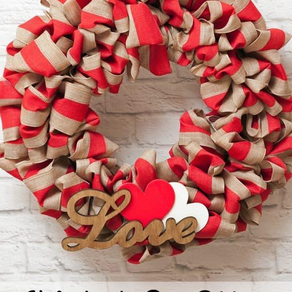 Bubble-Style Valentine's Day Ribbon Wreath