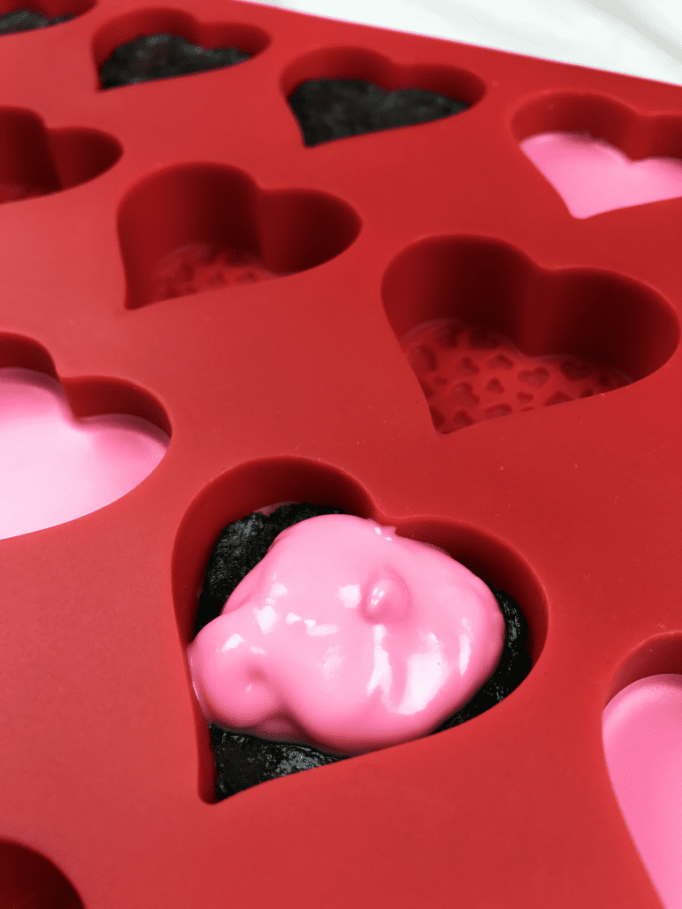 V-Day Hearts Oreo Fill Ing&IP 24