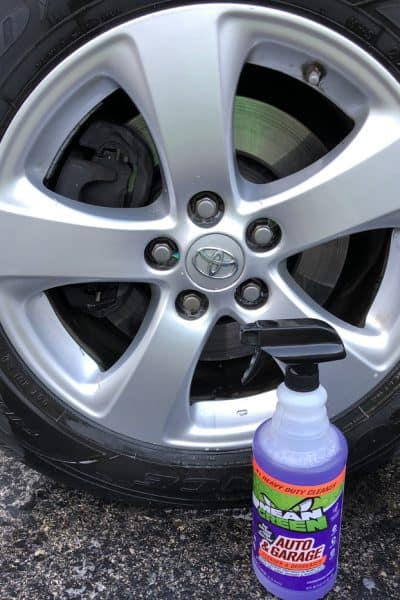 The Easy Way to Clean Tires and Rims