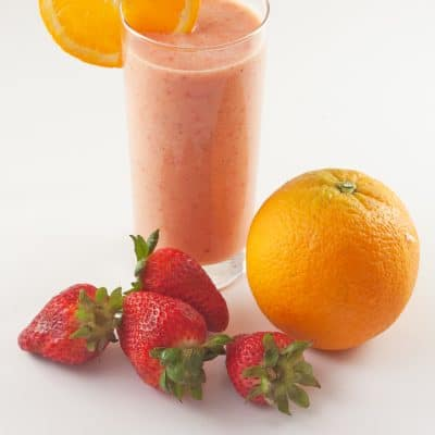 Stay Regular with a Fiber-Rich Tropical Fruit Smoothie