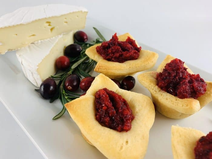 Cranberry Brie Cheese Tarts