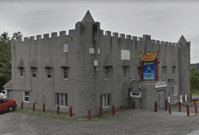 Kings & Queens Restaurant & Pub Outside