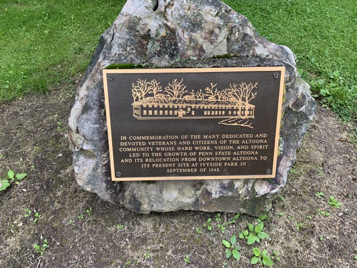 A marker at the Ivyside Penn State Altoona Campus