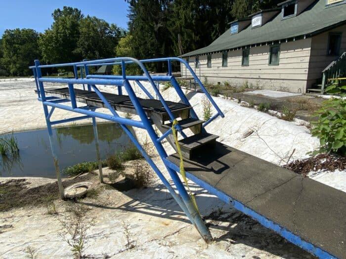 Ligonier Beach Diving Platform